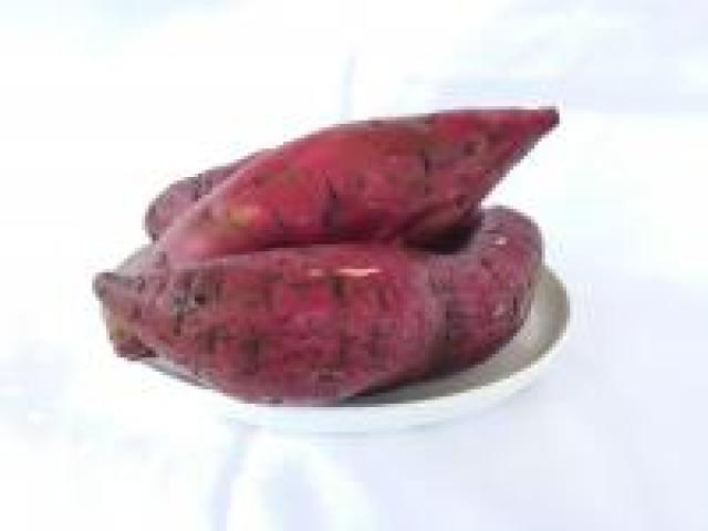 Certified Organic Potatoes - Sweet - Purple Skinned white Flesh