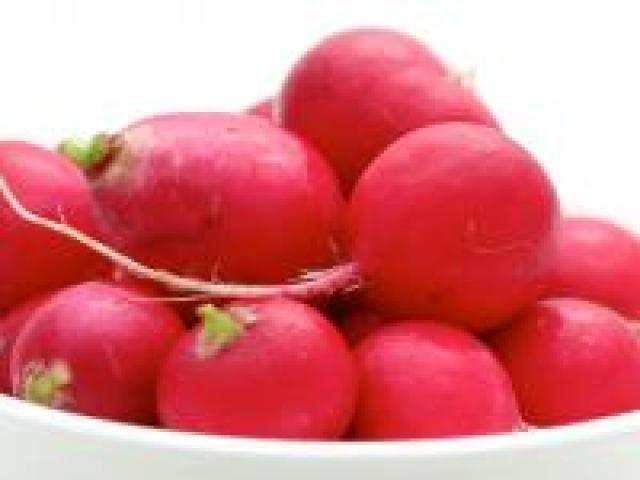 Certified Organic Radish - Round Red Bunches